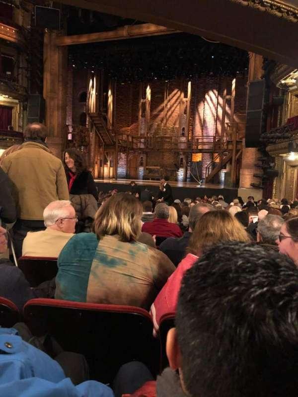 CIBC Theatre, secção: Orchestra R, fila: U, lugar: 4