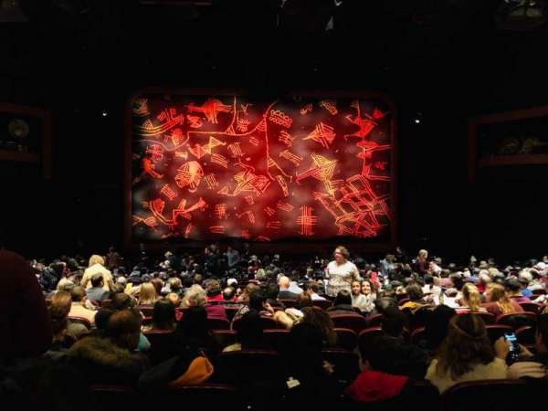 Minskoff Theatre, secção: Orchestra C, fila: X, lugar: 116