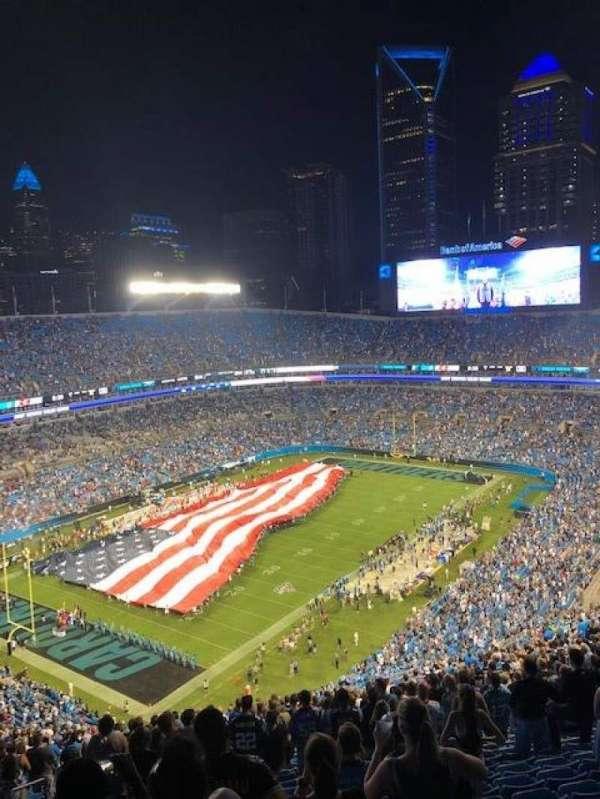 Bank of America Stadium, secção: 549, fila: 30, lugar: 22