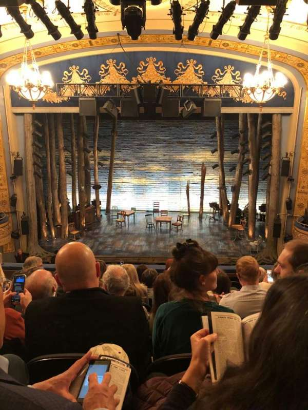 Gerald Schoenfeld Theatre, secção: Mezzanine C, fila: H, lugar: 108