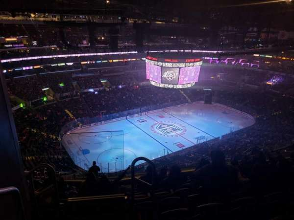 Staples Center, secção: 304, fila: 15, lugar: 24