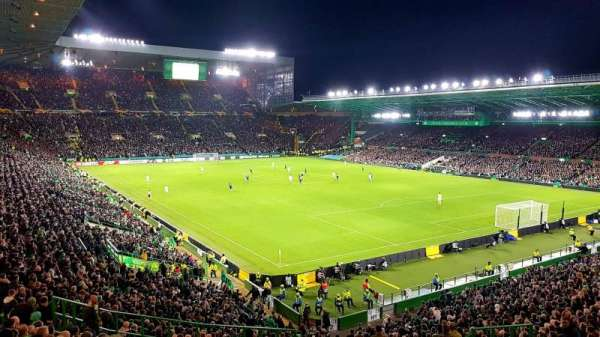 Celtic Park, secção: 143, fila: MM, lugar: 30