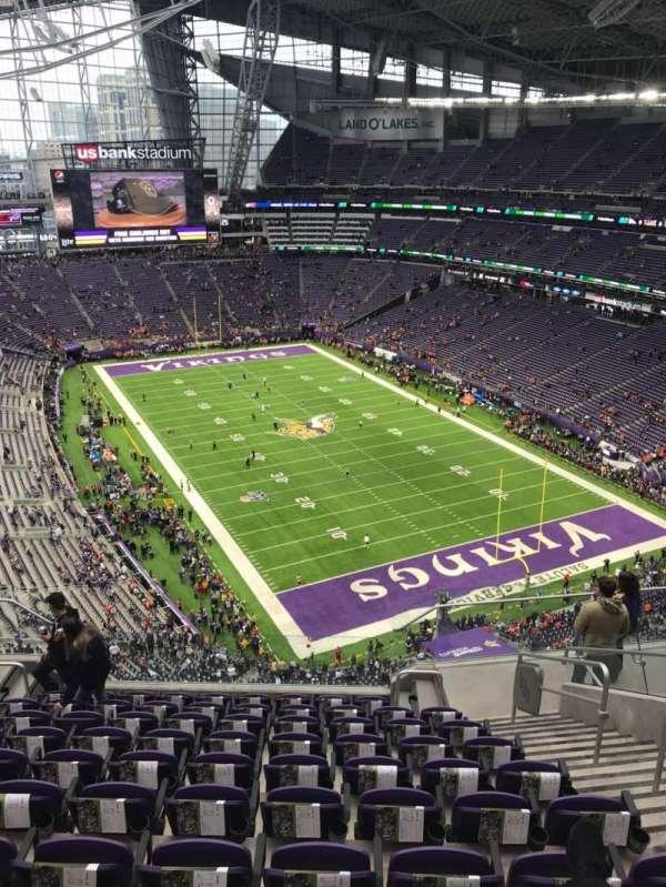 U.S. Bank Stadium, secção: 331, fila: 10, lugar: 4