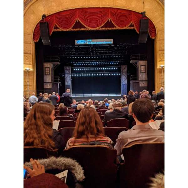 Detroit Opera House, secção: Aisle 1, fila: S, lugar: 208