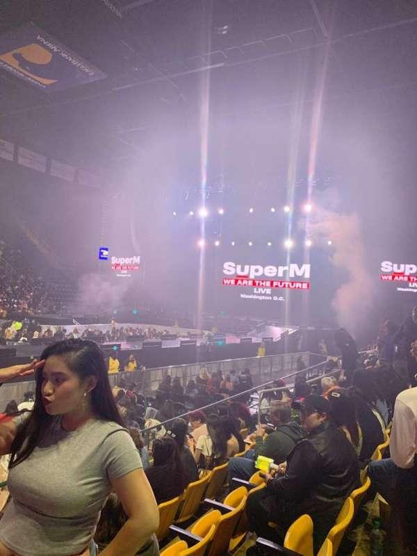 EagleBank Arena, secção: 102, fila: EE, lugar: 15