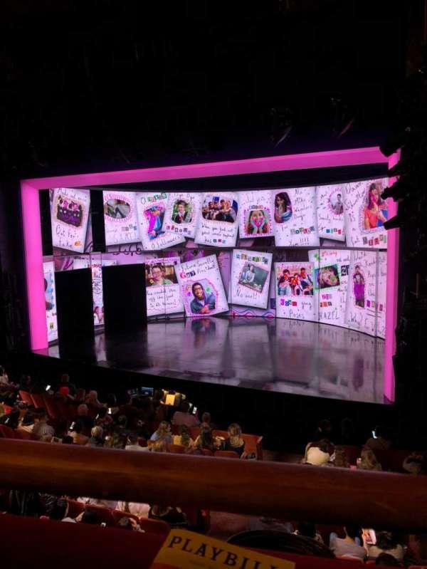 August Wilson Theatre, secção: Mezzanine right, fila: A, lugar: 12