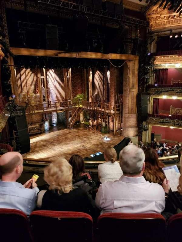 CIBC Theatre, secção: Mezzanine L, fila: D, lugar: 13