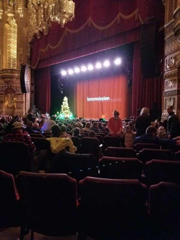 Fox Theatre (Detroit), secção: F6, fila: T, lugar: 604