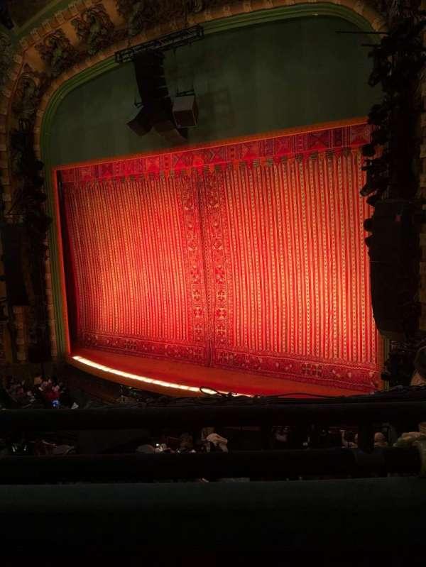 New Amsterdam Theatre, secção: Mezzanine R, fila: BB, lugar: 18