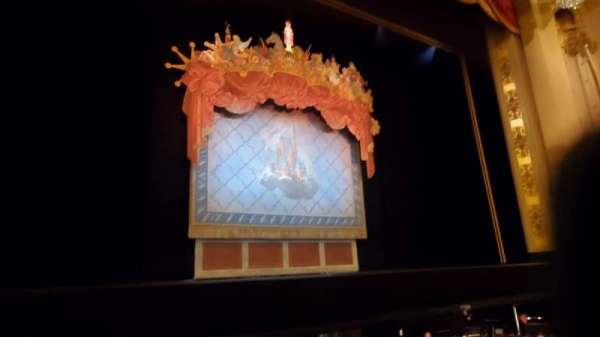 Citizens Bank Opera House, secção: Orchestra LC, fila: DD, lugar: 5