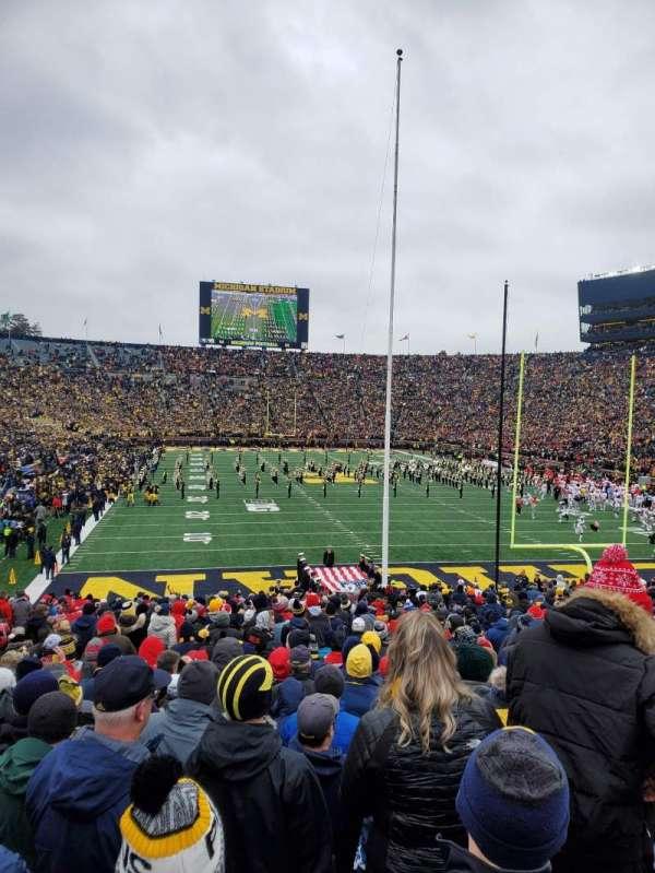 Michigan Stadium, secção: 13, fila: 35, lugar: 4
