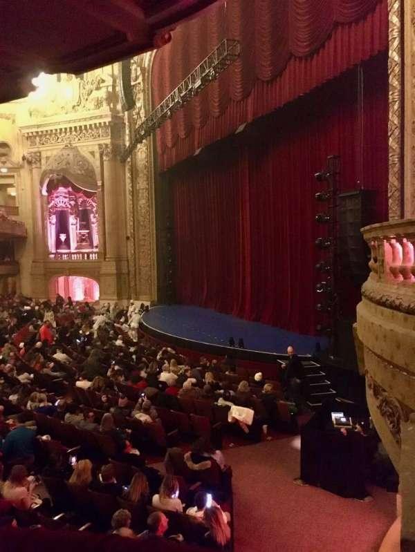 Chicago Theatre, secção: Mezzanine Box A, lugar: 1 - 2