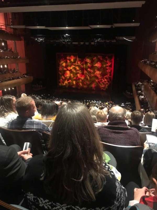 DeVos Performance Hall, secção: Mezzanine, fila: P, lugar: 8