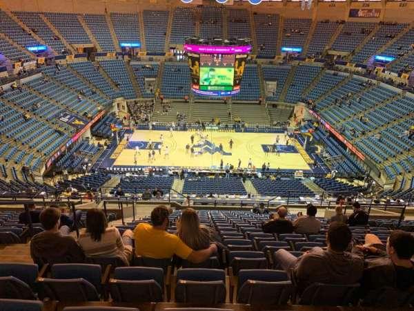 WVU Coliseum, secção: 211, fila: R, lugar: 9
