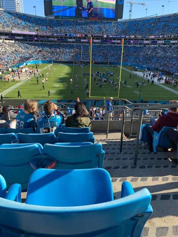 Bank of America Stadium, secção: 202, fila: 11, lugar: 1