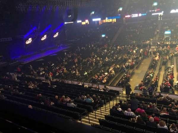 Van Andel Arena, secção: 207, fila: A, lugar: 8