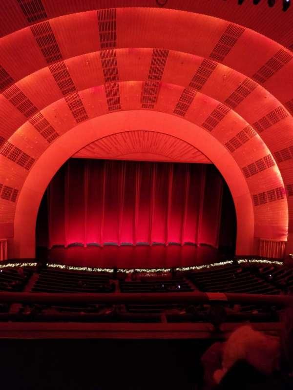 Radio City Music Hall, secção: 1st Mezzanine 5, fila: B, lugar: 505