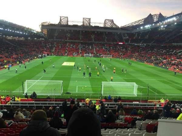 Old Trafford, secção: E235, fila: 22, lugar: 122