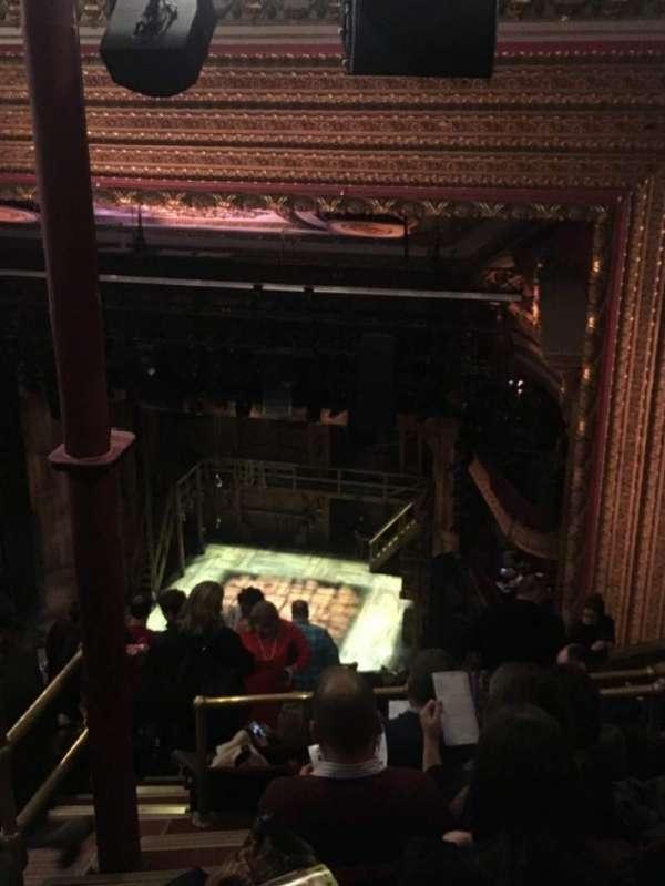 CIBC Theatre, secção: Balcony R, fila: M, lugar: 2