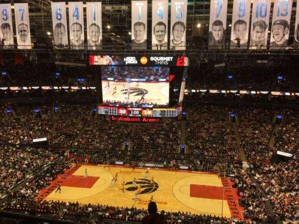 Scotiabank Arena, secção: 308, fila: 9, lugar: 15