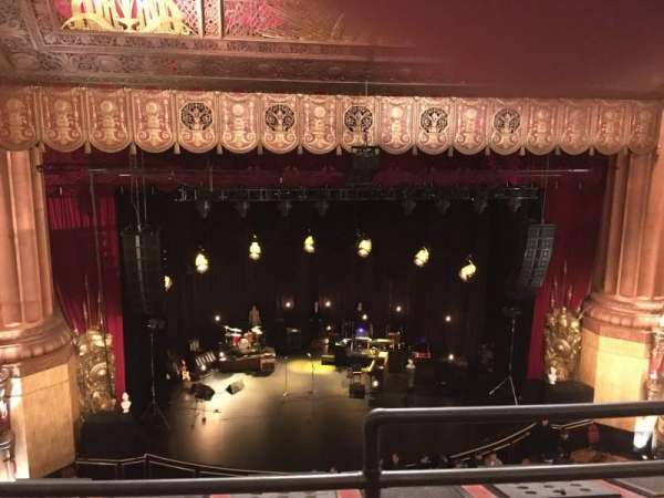 Beacon Theatre, secção: Lower Balcony 1, fila: B, lugar: 1