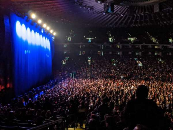 Oakland Arena, secção: 115, fila: 13, lugar: 16