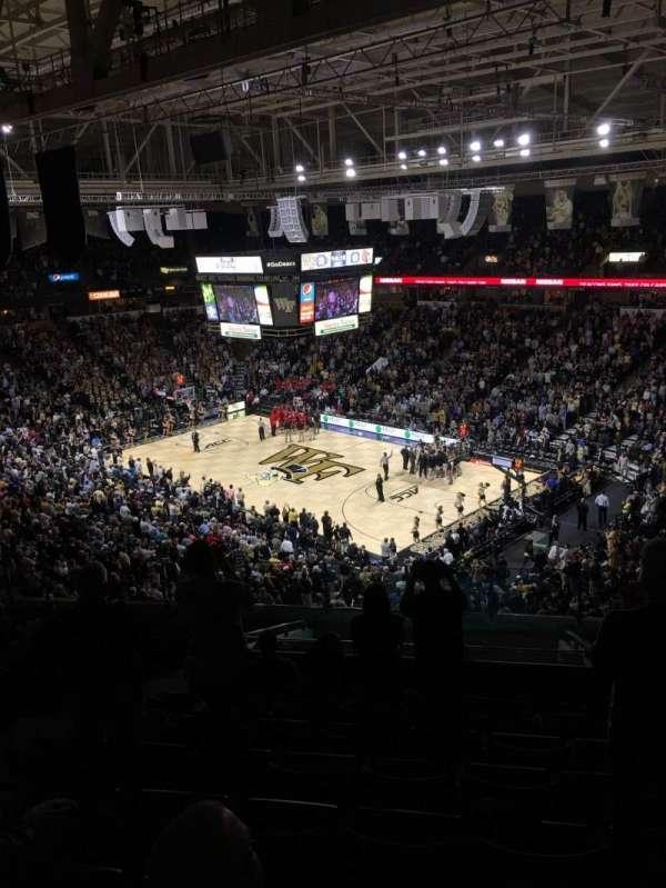 Lawrence Joel Veterans Memorial Coliseum, secção: 226, fila: P, lugar: 8