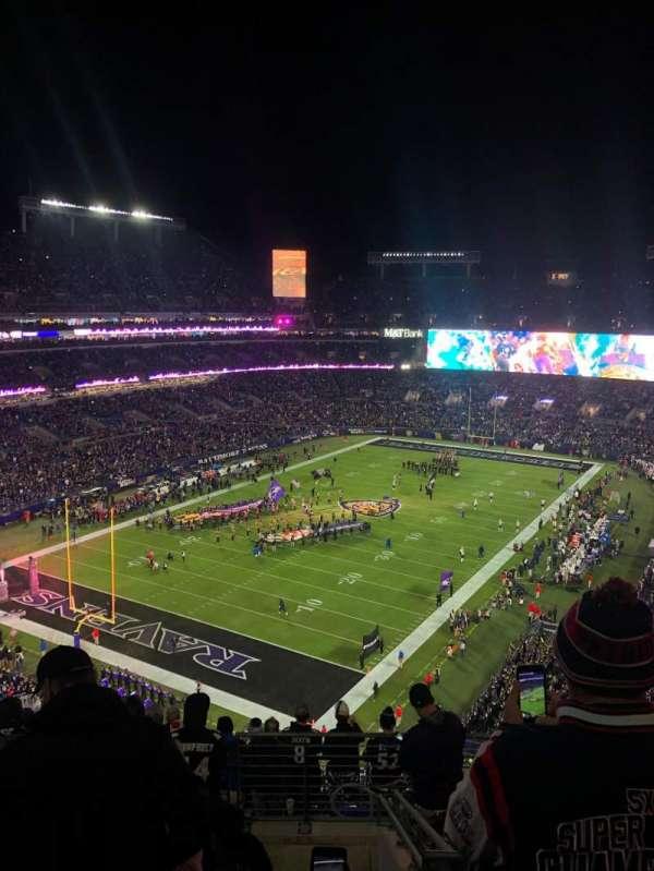 M&T Bank Stadium, secção: 509, fila: 11, lugar: 4