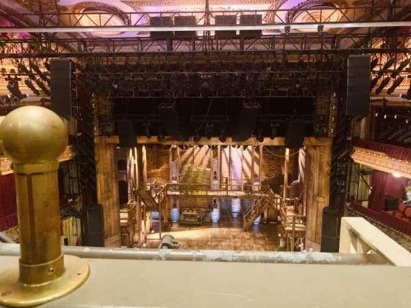 CIBC Theatre, secção: Balcony RC, fila: A, lugar: 402