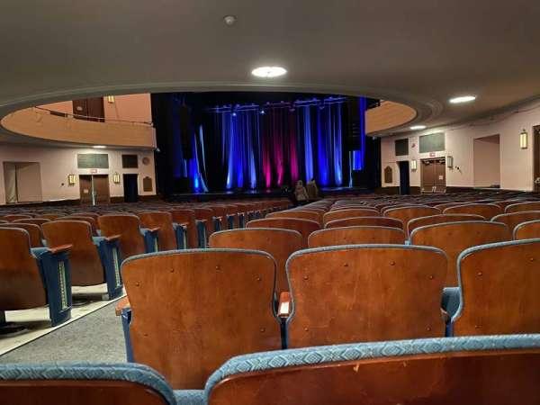 Chevalier Theatre, secção: ORCRGT, fila: DD, lugar: 4