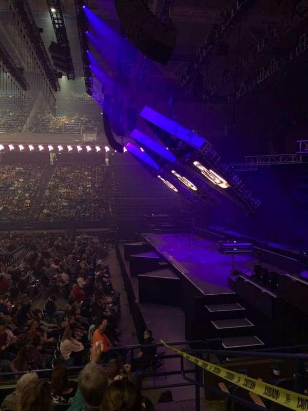 Rupp Arena, secção: 13, fila: F, lugar: 1