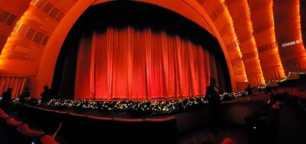 Radio City Music Hall, secção: Orchestra 5, fila: CC, lugar: 502