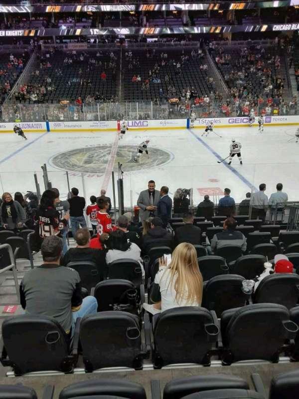 T-Mobile Arena, secção: 6, fila: G, lugar: 2
