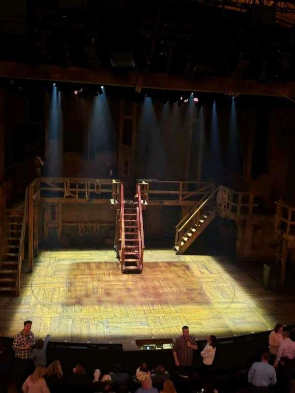 Richard Rodgers Theatre, secção: Front Mezzanine C, fila: A, lugar: 111