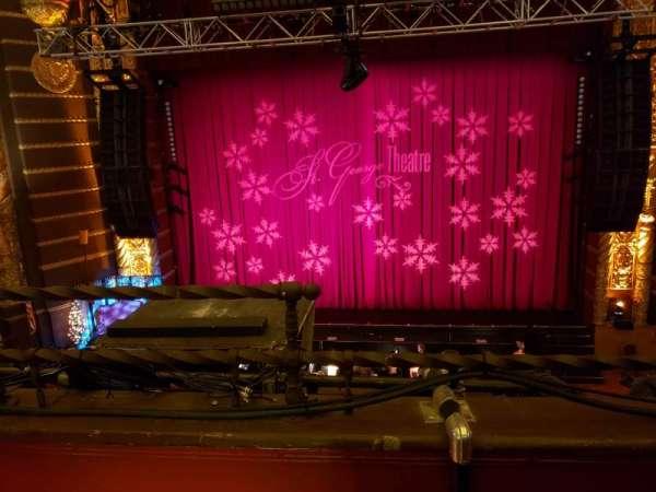 St. George Theatre, secção: Fmez B, fila: B , lugar: 102