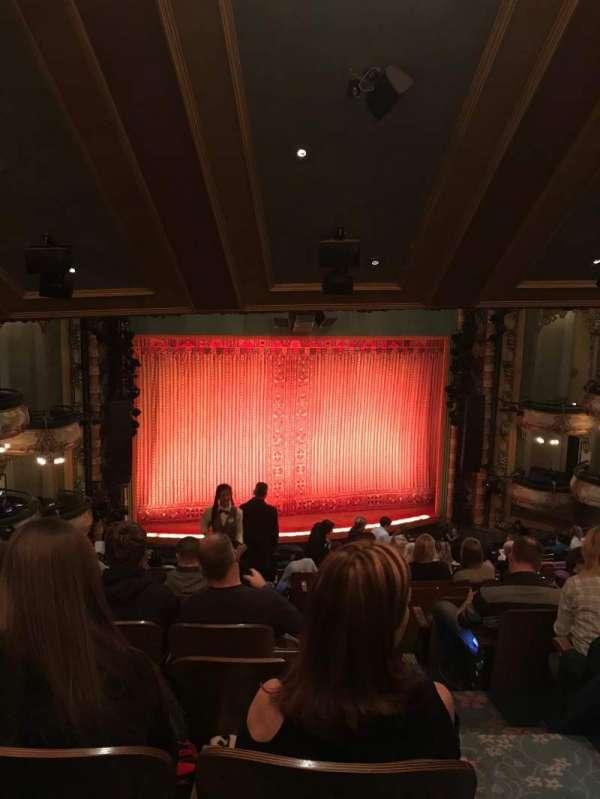 New Amsterdam Theatre, secção: Mezz, fila: PP, lugar: 3