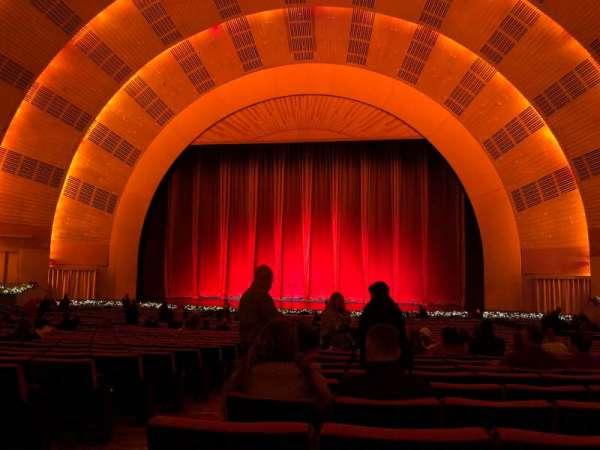 Radio City Music Hall, secção: Orchestra 3, fila: K, lugar: 312