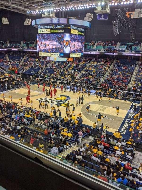 Greensboro Coliseum, secção: 234, fila: B, lugar: 10