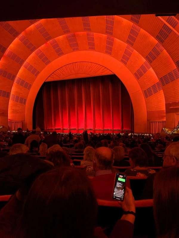 Radio City Music Hall, secção: Orchestra 2, fila: P, lugar: 204