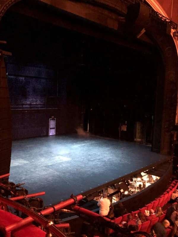 Broadway Theatre - 53rd Street, secção: Box B, lugar: 4