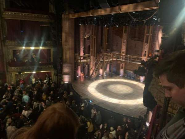 CIBC Theatre, secção: Mezzanine R, fila: B, lugar: 20