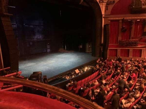 Broadway Theatre - 53rd Street, secção: Box, fila: B, lugar: 1