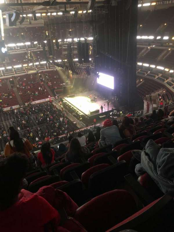 United Center, secção: 334, fila: 10, lugar: 15