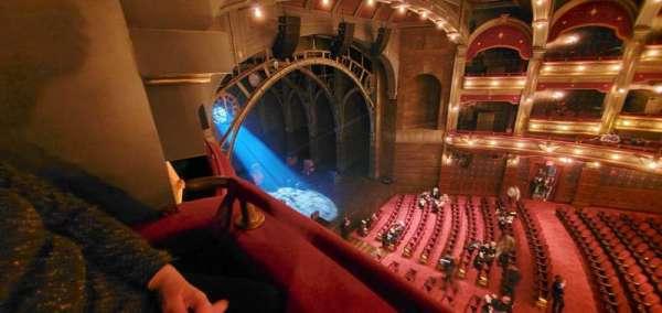 Lyric Theatre, secção: Balcony L Box C, fila: A, lugar: 1