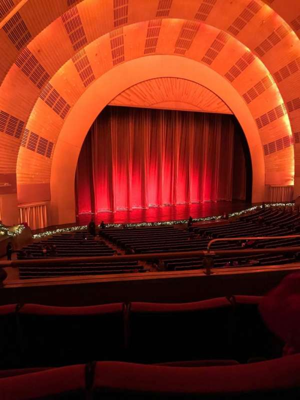 Radio City Music Hall, secção: 1st Mezzanine 7, fila: B, lugar: 704