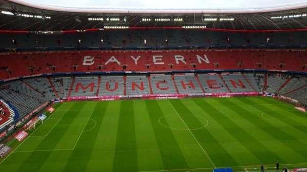 Allianz Arena, secção: 302, fila: 5, lugar: 18