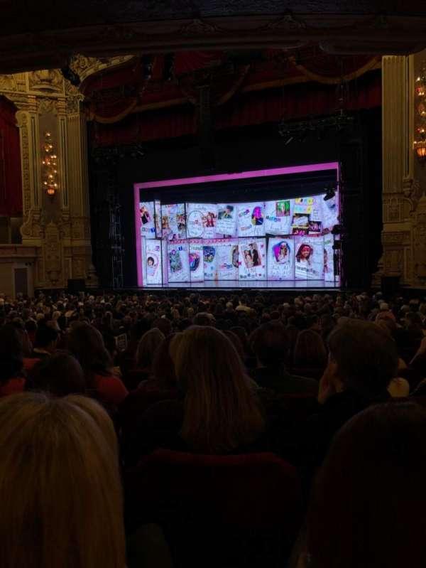 James M. Nederlander Theatre, secção: Orchestra R, fila: Y, lugar: 20