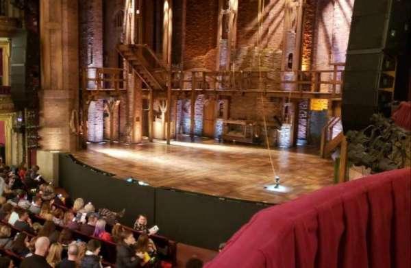 CIBC Theatre, secção: Dress Circle Box 2, fila: BX2, lugar: 206