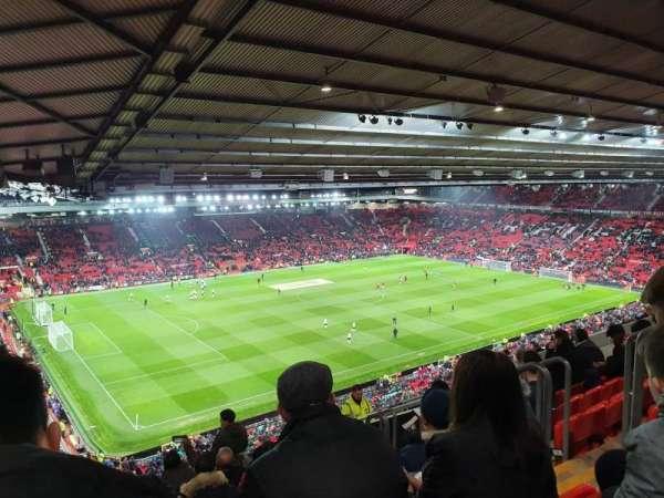 Old Trafford, secção: NE3424, fila: 26, lugar: 22