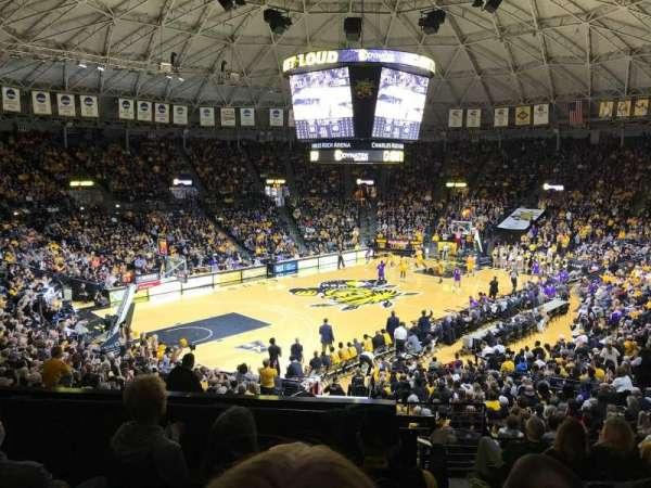 Charles Koch Arena, secção: 124, fila: 24, lugar: 2